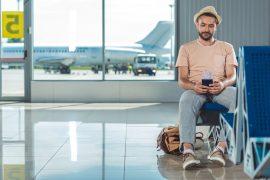 Vai viajar sozinho pela primeira vez? Veja 8 dicas essenciais