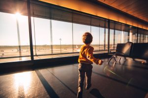 Autorização para menor viajar: veja como funciona!
