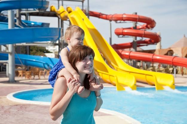 waterpark 1 Vai curtir o recesso? Confira 5 dicas para economizar e viajar