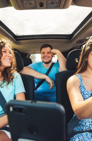 Quer alugar um carro para fazer uma viagem? Confira 8 dicas ideais!