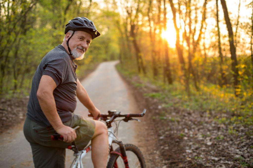 iStock 1165670735 1024x683 Sem cansaço, dor ou formigamento: descubra os melhores exercícios para viagem!