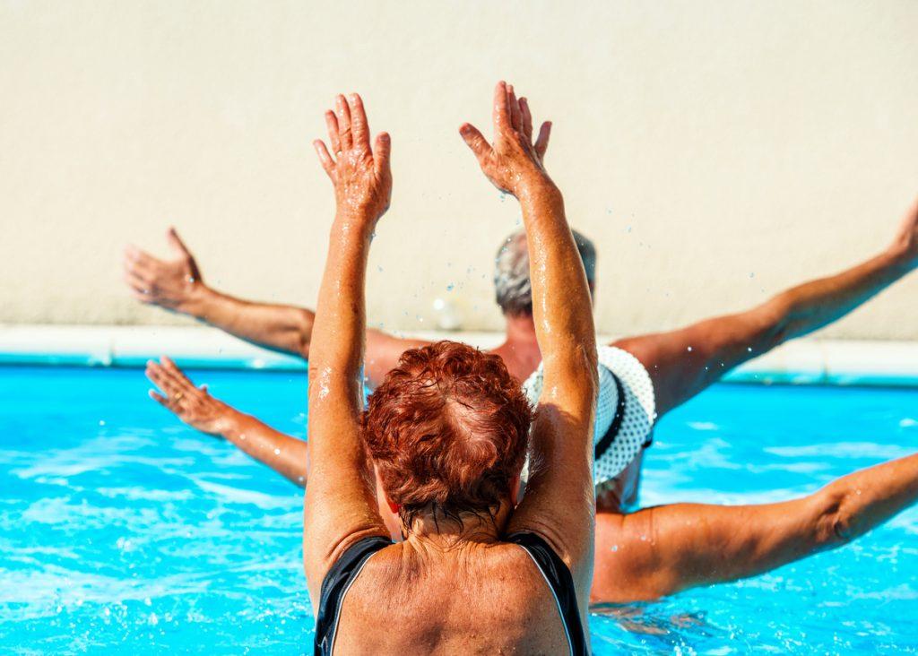 iStock 627009216 1024x732 Sem cansaço, dor ou formigamento: descubra os melhores exercícios para viagem!