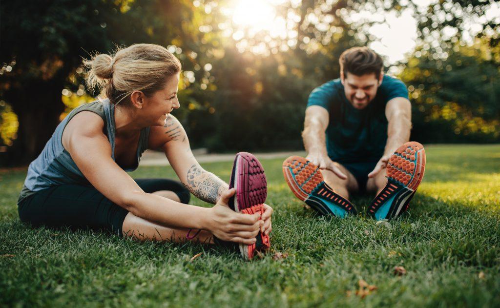 iStock 640351570 1024x631 Sem cansaço, dor ou formigamento: descubra os melhores exercícios para viagem!