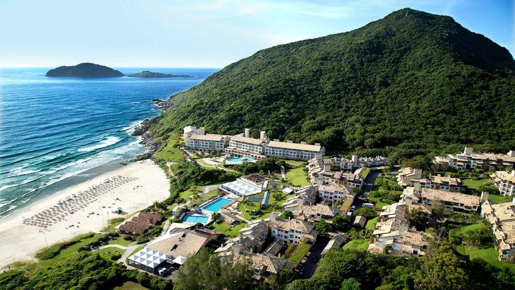 costao do santinho 1024x576 Viajar com luxo faz bem: os 9 resorts mais incríveis do Brasil!