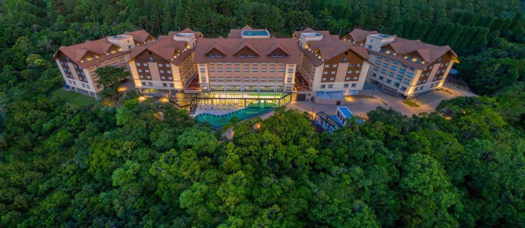 yndham1 1024x445 Viajar com luxo faz bem: os 9 resorts mais incríveis do Brasil!